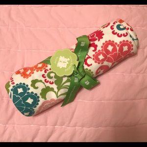 NWT Vera Bradley baby blanket in Lola pattern